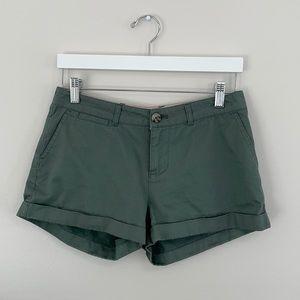 Johnnie B Light Army Green Cuffed Shorts 28